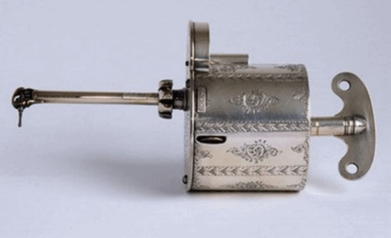 instrumentos dentales antiguos 4 - jpeg
